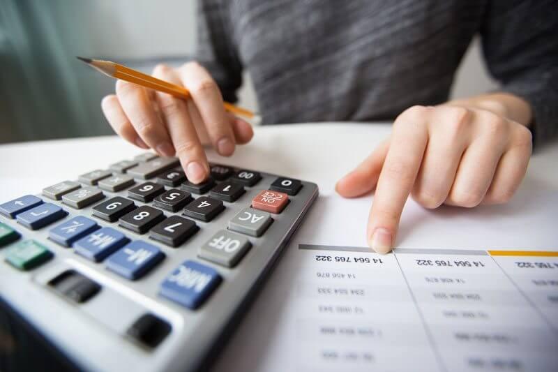 As vantagens dos controles financeiros para pequenas empresas