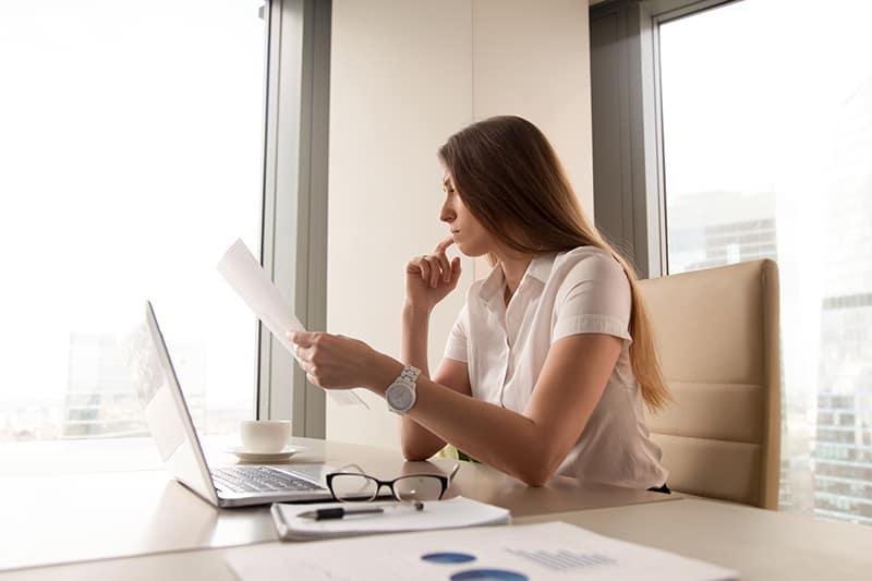 Confira 8 dicas de como emitir uma nota fiscal complementar de ICMS e saiba o que você precisa fazer para executar essa tarefa corretamente.