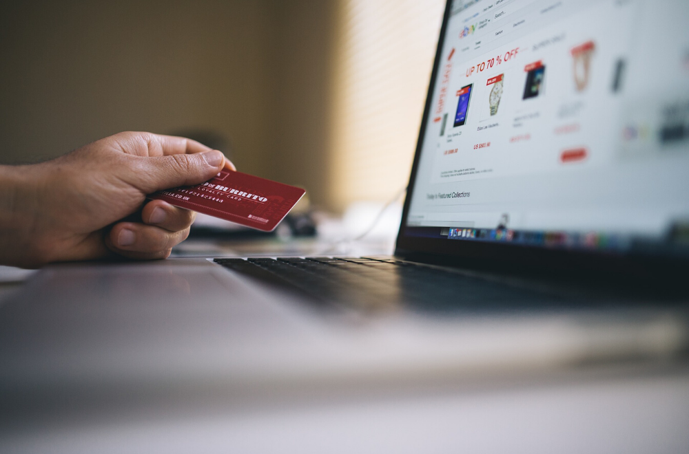 Gateway pagamento mobile: o que é e como essa solução otimiza o processo de vendas on-line?